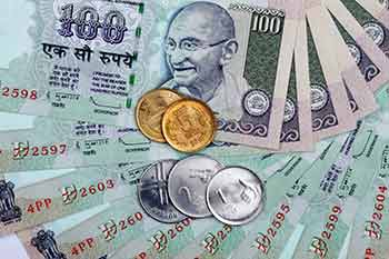 The Us Dollar In Indian Ru Usd Inr Exchange Rate Was Trending Region Of 60 1025 On Wednesday Off Day S Highs 2400 But With