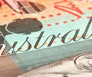australian-dollars-2